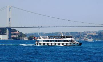 Bosphorus Cruise On Private Boat (Morning)